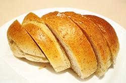道産全粒小麦の塩パン