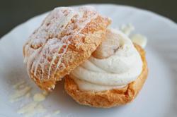 白花豆シュークリーム