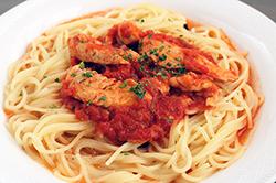 生パスタ 若鶏のトマトソース